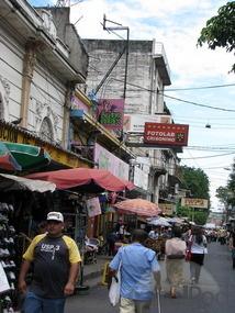 thumb_san-salvador-typical-street-downtown-tegucigalpa